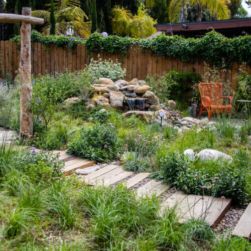 There is more than one way to relax and enjoy this garden.